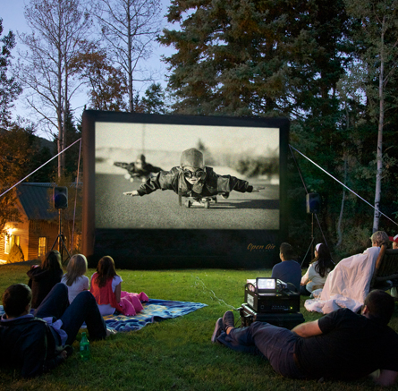 Outdoor Movie Package 14 Screen Projector Pa Amp Blu Ray